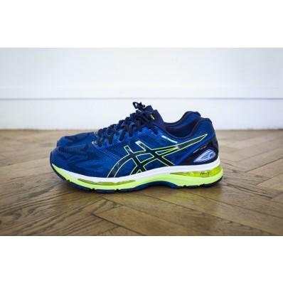 test chaussures running asics