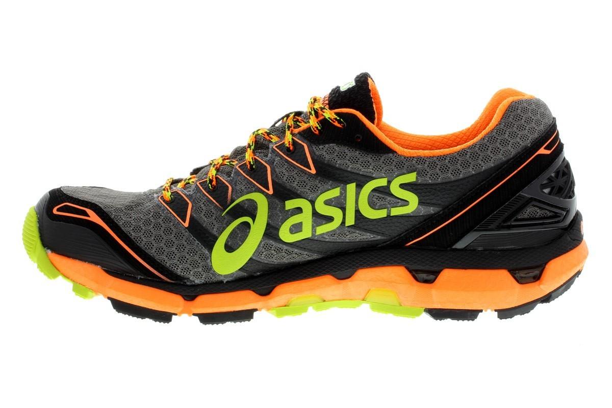 chaussure trail asics